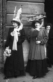 photographie de catherinettes en 1909
