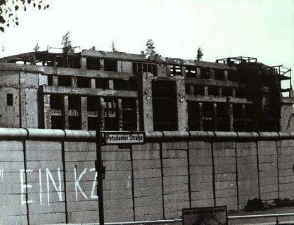 Photo du mur de Berlin le long de la Potsdamerstr.