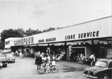 le premier hypermarché
