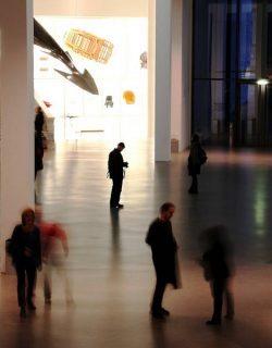Photo d'un hall de musée ou d'une galerie d'art (anonyme)