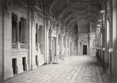 couloir du PALAIS DE JUSTICE