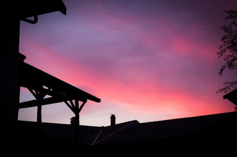 coucher de soleil avec le rose du ciel