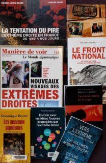 Photographie de couvertures d'ouvrages sur l'extrême droite