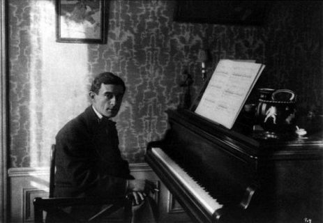 Maurice Ravel au piano, 1912