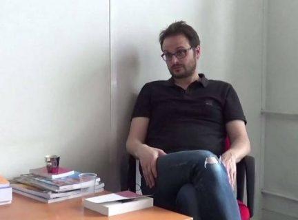 Image de la vidéo avec Nicolas Vadot