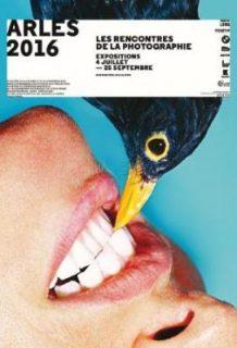 """Affiche des 47e Rencontres d'Arles, réalisée par Maurizio Cattelan, via son magazine thrashy-arty """"Toilet Papers"""""""