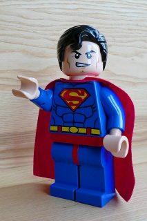 figurine de Superman en lego