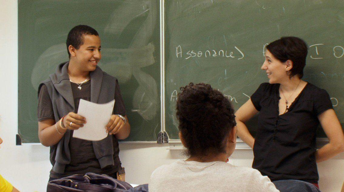 deux professeurs au tableau