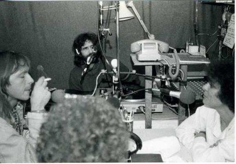 Le chanteur Renaud dans les studios