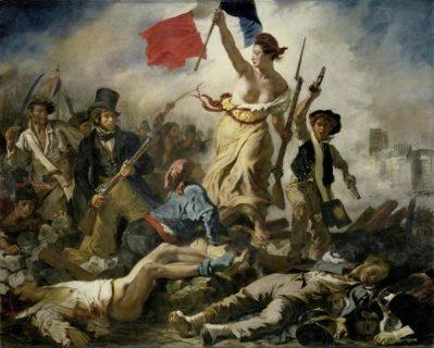 Femme tenant un drapeau français au milieu d'un groupe d'hommes en armes