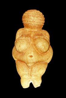 statuette de femme préhistorique