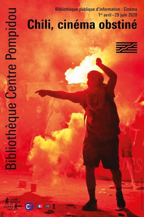 Affiche du cycle : une personne debout devant un grand feu